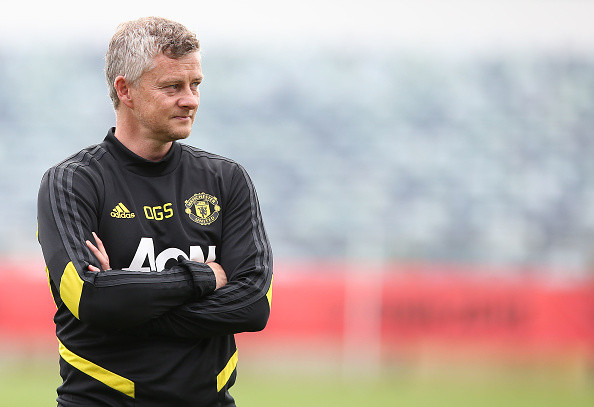 Ole Gunnar Solskjaer urges Manchester United squad to respect 'magnitude' of the club