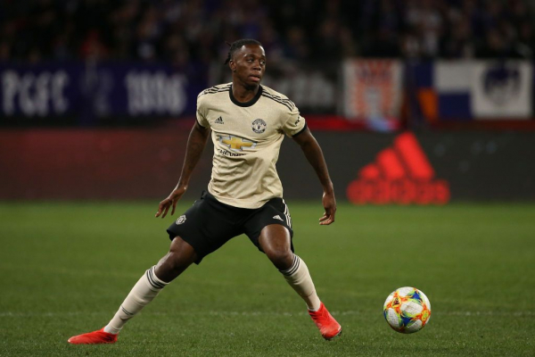Wilfried Zaha urges Aaron Wan-Bissaka to play without fear at Manchester United
