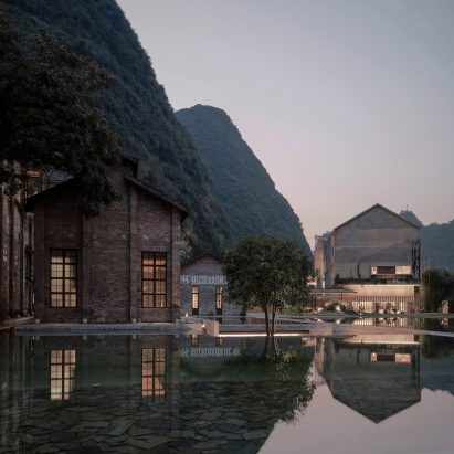 Dezeen Weekly features 10 remote hotels and the longlists for Dezeen Awards 2019