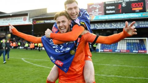 Bournemouth sign defender Stacey from Luton for £4m