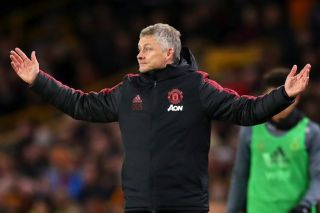 """""""Wtf is Ole smoking?"""" – These Manchester United fans react as shock transfer offer made"""