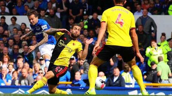 Bernard fires Everton past Watford