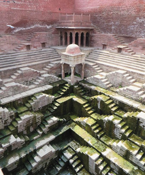 victoria lautman captures india's subterranean stepwells in photography series