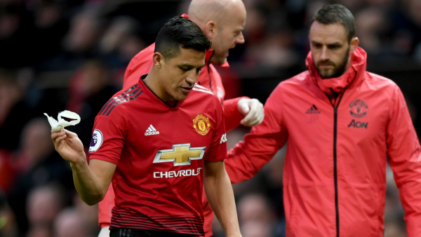 'Sanchez is still a great player' - Van Persie backs Man Utd flop to turn career around amid Inter links