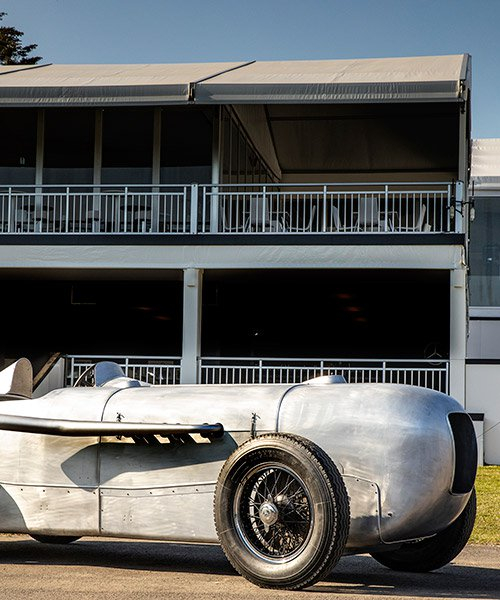 driving premiere of the mercedes-benz SSKL racing car at pebble beach