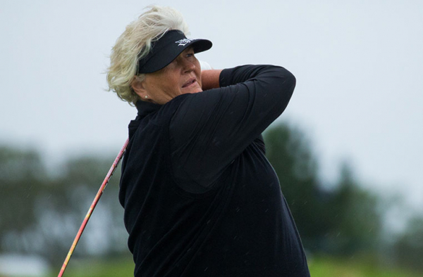 Rd 2: Hole-in-one for Laura Davies!