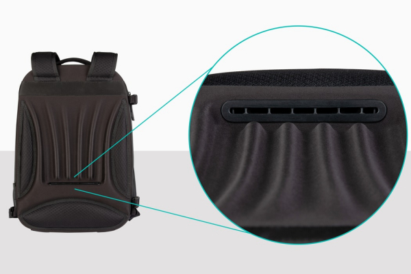 This built-in air conditioner with interchangeable backpack styles keeps you cool!