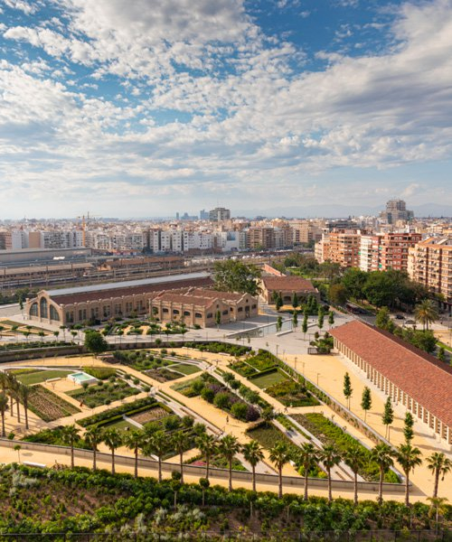 gustafson porter + bowman completes first phase of valencia's 'parque central'
