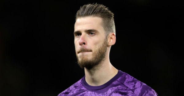 De Gea keeps Man Utd 'sweating' over £18.2m-a-year deal