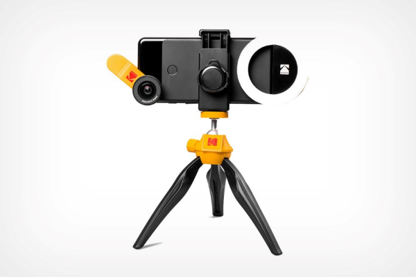 Kodak's making a grand comeback with this comprehensive smartphone photography kit!