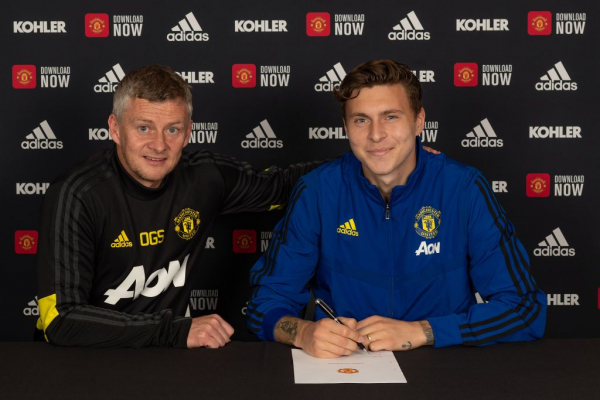 Victor Lindelof outlines his ambitions after extending Manchester United contract to 2024