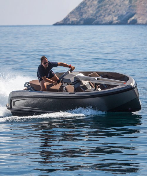 the vanqraft VQ16 is part waterscooter and part superyacht