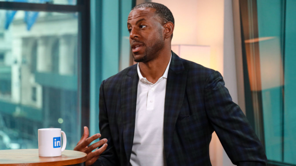 Report: If Andre Iguodala gets bought out Clippers, Lakers frontrunners to land him