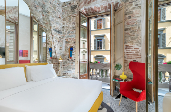 Hotel Calimala: Aged Beauty in Florence's Centro Storico