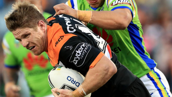 Veteran Tigers back-rower Lawrence gets one more year