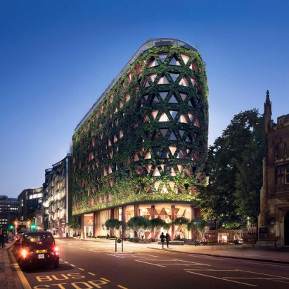 "Europe's largest green wall ""will absorb eight tonnes of pollution annually"" in London"