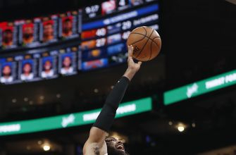 Hawks top Warriors in matchup of teams with worst records
