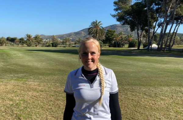 Emelie Borggren takes lead on day two at Pre-Qualifying