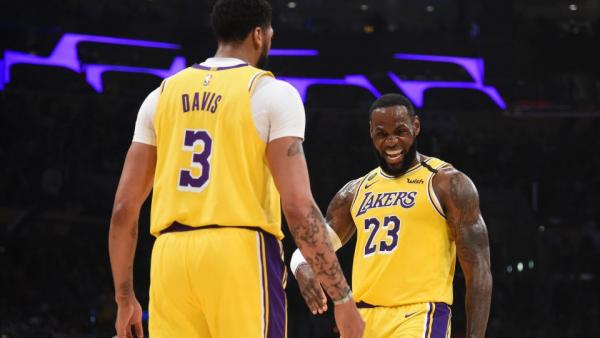 Watch LeBron James score 32; Anthony Davis' big second half lift Lakers past Grizzlies