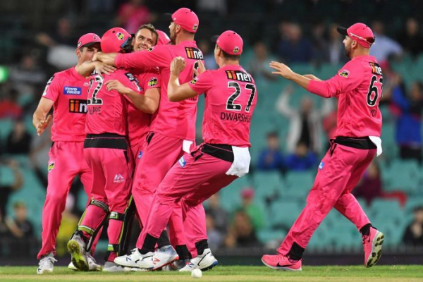 Sixers are BBL champions after outplaying Stars in rain-shortened final