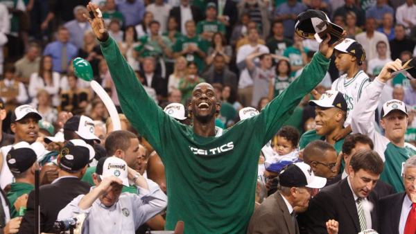 Celtics to retire Kevin Garnett's number