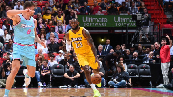 LeBron James sued by photographer