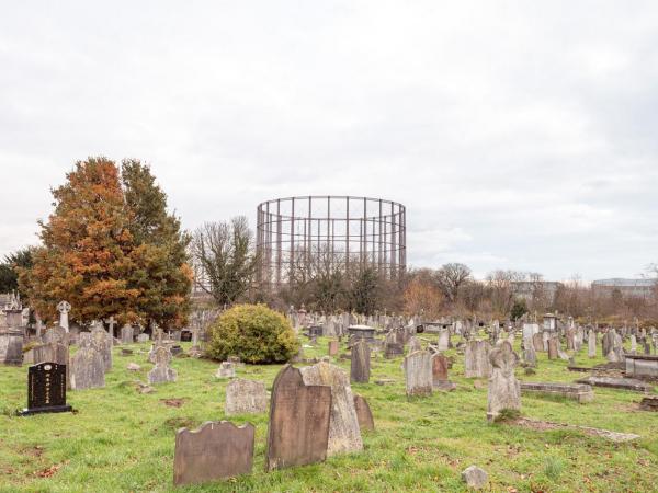 The photographer immortalising London's endangered gasholders