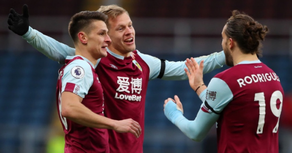 Dyche says Burnley players would 'accept' swift return