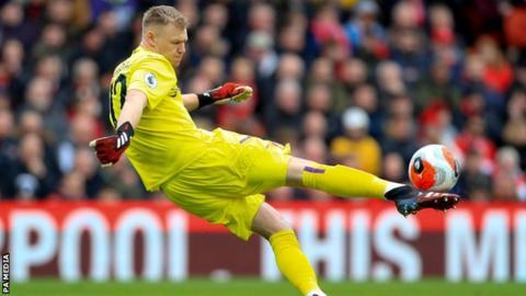 Aaron Ramsdale: Bournemouth 'shook' by positive coronavirus test - Eddie Howe