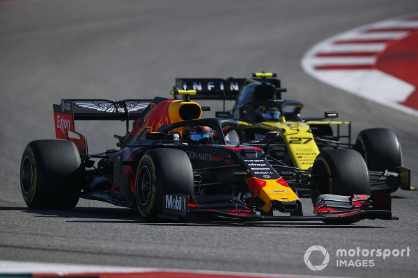 """Renault staff worked with Red Bull in """"unthinkable"""" scenario"""