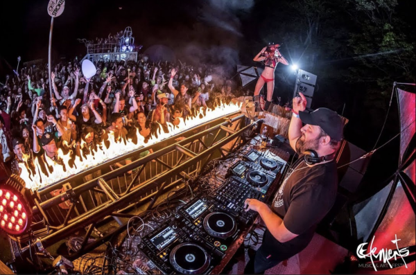 Elements takes over Memorial Day weekend with U Sexy Beach livestream