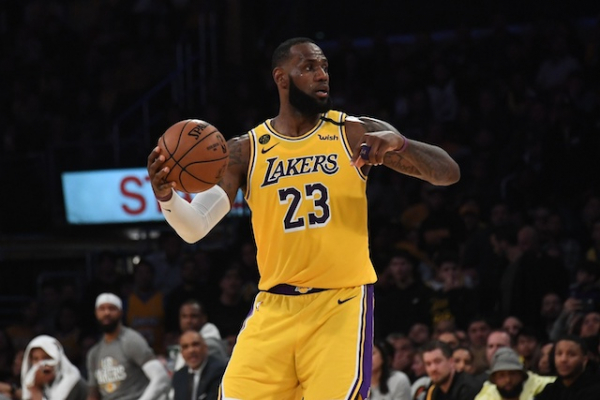 Lakers Podcast: Possible NBA Return Dates, LeBron James Holding Training Sessions
