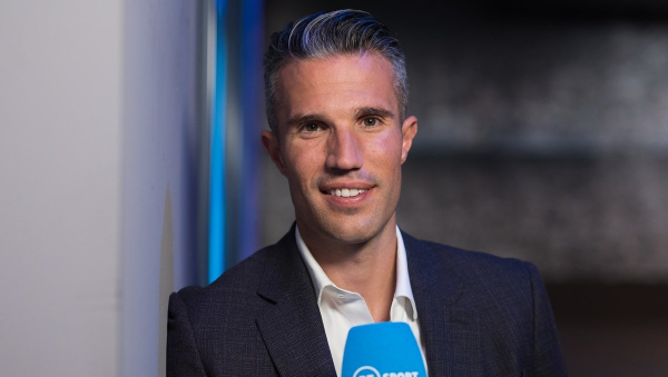 Robin van Persie urges Arsenal to consider some key signings this summer