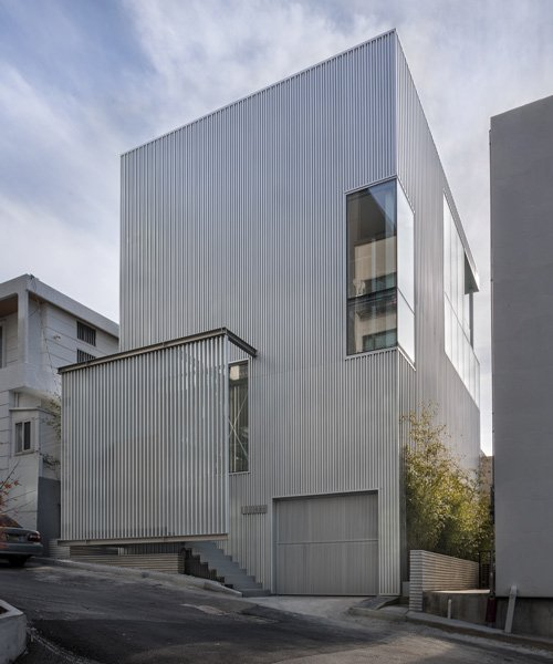 younghan chung's light hollow house in korea combines defined rooms and 'variable' spaces