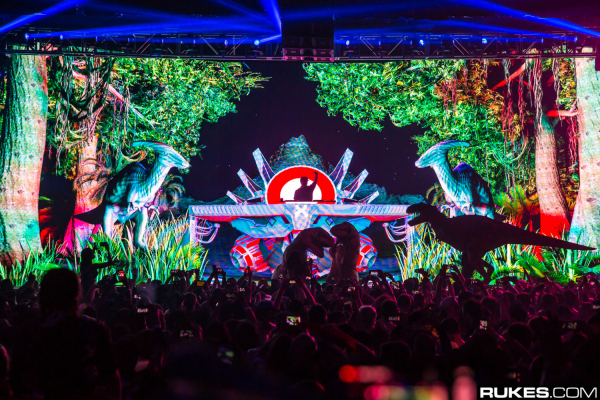 Excision and Downlink add impact to the electronic release ring with 'Resistance'