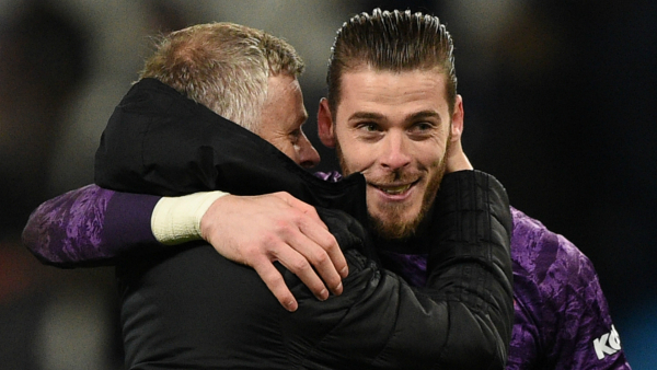 De Gea apologises after breaking Schmeichel's Man Utd record