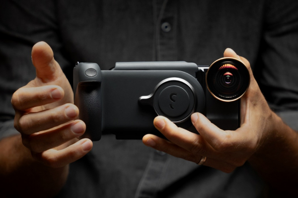 Smartphone camera accessories designed to upgrade your photography to a professional level!