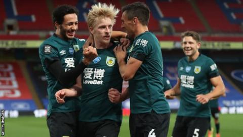 Ben Mee: Burnley captain signs contract extension to 2022