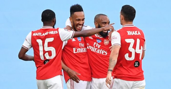 Brighton show interest in ambitious move for Arsenal defender