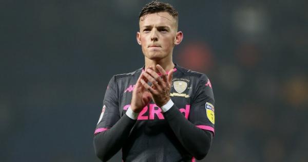 Brighton reject £22m bid from Leeds for defender Ben White