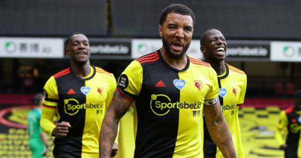 Tottenham 'hold transfer talks' with Watford over Deeney deal