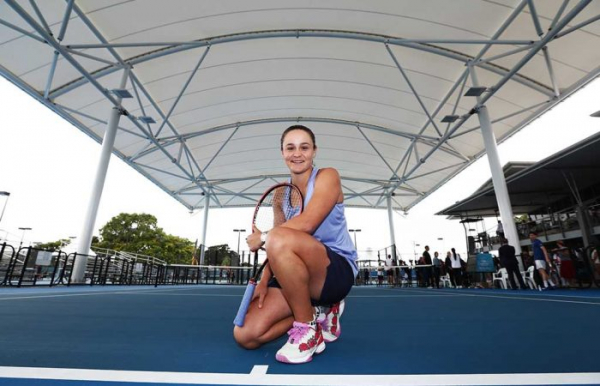 Barty and top Queenslanders raise the roof in Cairns