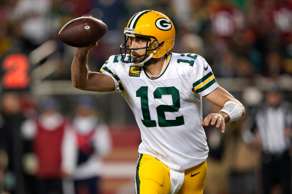 Opinion: Quarantine QB? Keeping Aaron Rodgers off COVID list must be Packers' priority