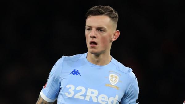 Brighton reject £22m Leeds bid for White