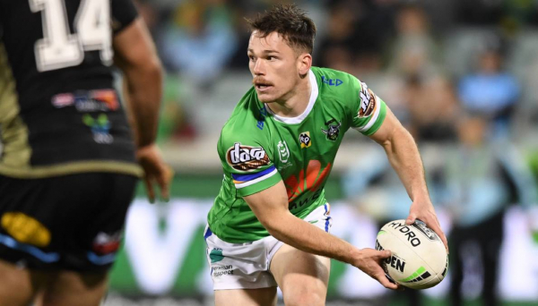 Part-time Canberra Raiders put the sword to stuttering Cronulla Sharks