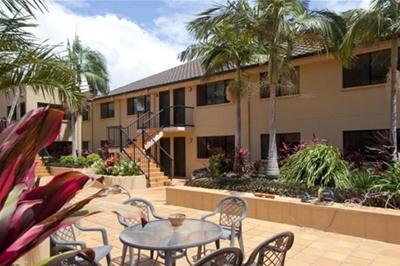 Crop Tonga Courtyard.jpg