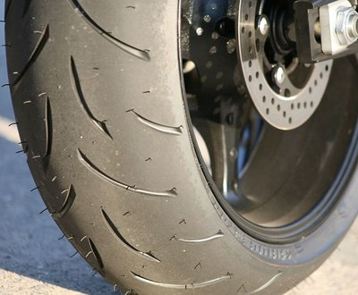 How_To_Ensure_A_Safe_Tyre_Pressure? image