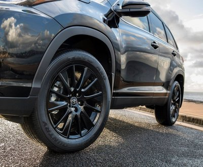 Kluger Black Edition has arrived at Waverley Toyota image