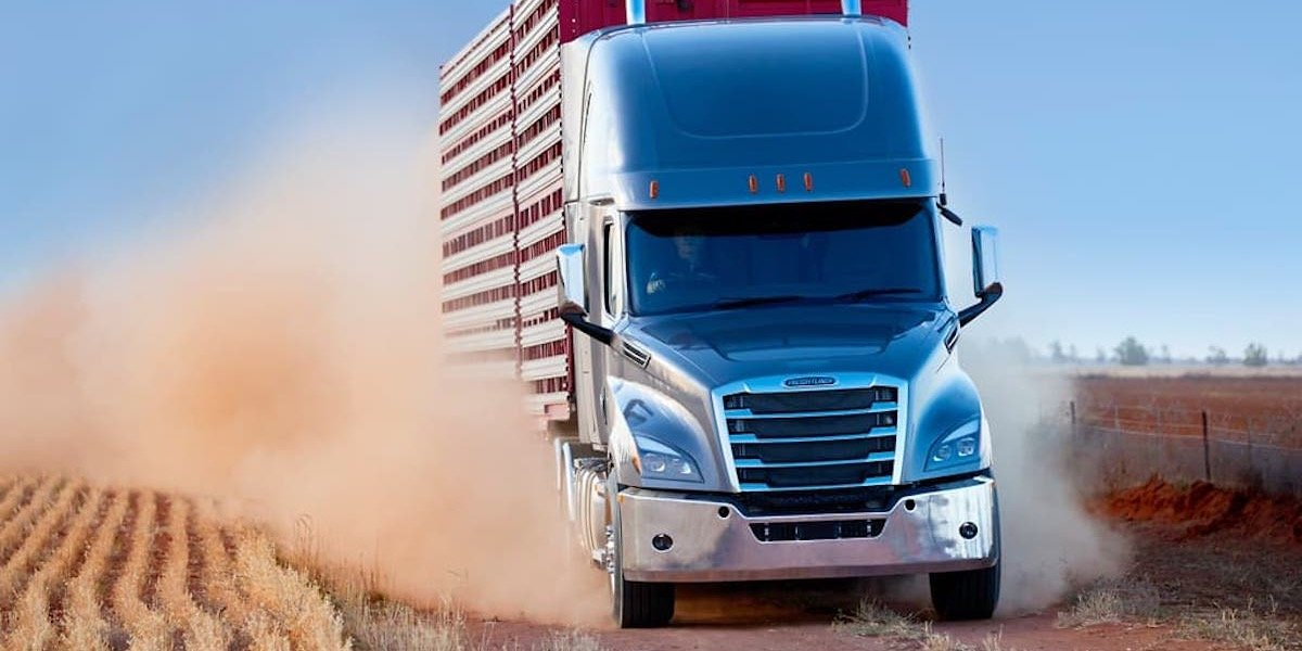 blog large image - New Freightliner Cascadia Bang Up To Date