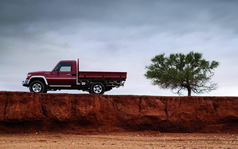 Toyota Land Cruiser 70 image